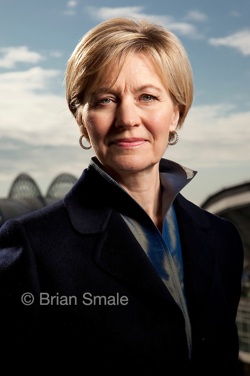 Diane Irvine, CEO of Blue Nile. Photographed in Blue Nile's Seattle offices, for BusinessWeek Magazine.  2009-11