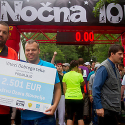 20140712: SLO, Athletics - Nocna 10ka, running around Bled's lake