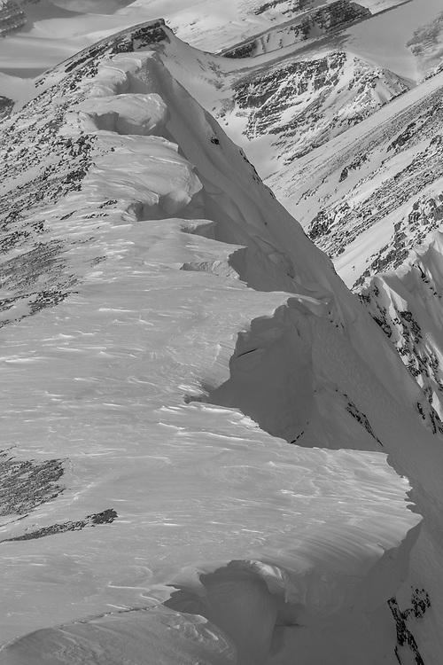 Ski Touring Crowfoot Mountain - Wapta Icefield - Alberta