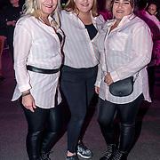 NLD/Amsterdam/20191115 - Chantals Pyjama Party in Ziggo Dome, bezoekers verkleed in pyama's