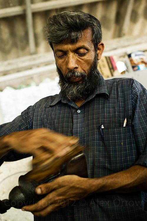 Wood carving Kandy, Sri Lanka