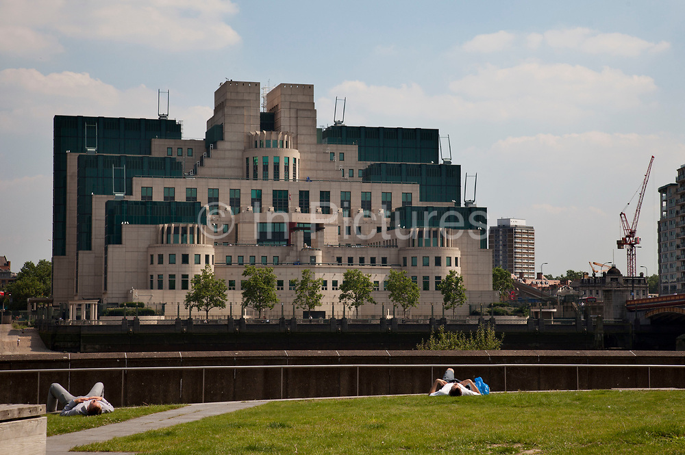 """The SIS Building, also commonly known as the MI6 Building, is the headquarters of the British Secret Intelligence Service (otherwise known as """"MI6""""). It is known within the intelligence community as Legoland and also as """"Babylon-on-Thames"""" due to its resemblance to an ancient Babylonian ziggurat. It is located at 85, Albert Embankment in the south western part of central London, on the bank of the River Thames"""