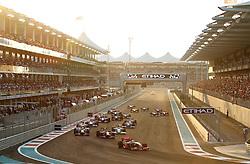 FORMEL 1: GP von Abu Dhabi, Abu Dhabi, 01.11.2009 <br /> Start, Rennstrecke, Illustration <br /> © pixathlon