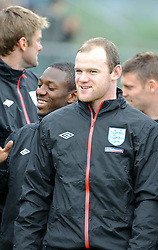 19.05.2010, Arena, Irdning, AUT, FIFA Worldcup Vorbereitung, Training England, im Bild Shaun Wright-Phillips, Wayne Rooney, Nationalteam England, EXPA Pictures © 2010, PhotoCredit: EXPA/ S. Zangrando / SPORTIDA PHOTO AGENCY