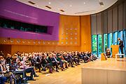 Prinses Beatrix aanwezig bij viering 30 jaar kinderrechten in het Vredespaleis in Den Haag waar het een themadag is van de expertgroep jeugdrechters. Het middagprogramma staat in het teken van de viering van 30 jaar kinderrechten.<br /> <br /> Princess Beatrix attends the celebration of 30 years of children's rights in the Peace Palace in The Hague, where it is a theme day of the expert group of juvenile judges. The afternoon program is dedicated to the celebration of 30 years of children's rights.