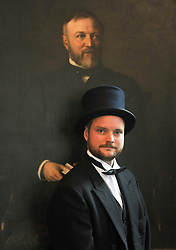Andrew Carnegie's great-great-great grandson Joe Whiteman with the painting<br /> <br /> (c) David Wardle | Edinburgh Elite media