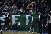 DESCRIZIONE : Campionato 2014/15 Sidigas Scandone Avellino - Virtus Acea Roma<br /> GIOCATORE : Justin Harper<br /> CATEGORIA : Tiro Tre Punti Controcampo<br /> SQUADRA : Sidigas Scandone Avellino<br /> EVENTO : LegaBasket Serie A Beko 2014/2015<br /> GARA : Sidigas Scandone Avellino - Virtus Acea Roma<br /> DATA : 13/12/2014<br /> SPORT : Pallacanestro <br /> AUTORE : Agenzia Ciamillo-Castoria / GiulioCiamillo<br /> Galleria : LegaBasket Serie A Beko 2014/2015<br /> Fotonotizia : Campionato 2014/15 Sidigas Scandone Avellino - Virtus Acea Roma<br /> Predefinita :Predefinita :