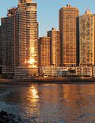 Punta Paitilla / Ciudad de Panamá / Panamá.<br /> <br /> Edición de 5 | Víctor Santamaría.