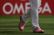 Scott Hend (AUS) 'pink shoes for pink Thursday' in action during the second round of the Omega Dubai Desert Classic, Emirates Golf Club, Dubai, UAE. 25/01/2019<br /> Picture: Golffile   Phil Inglis<br /> <br /> <br /> All photo usage must carry mandatory copyright credit (© Golffile   Phil Inglis)