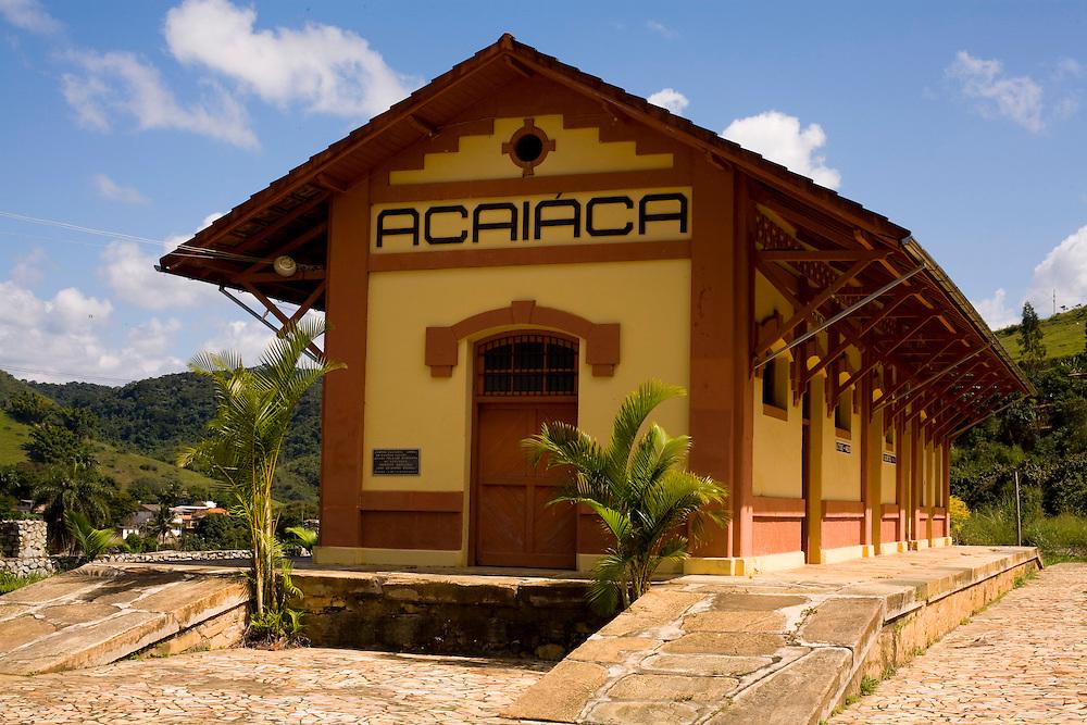 Acaiaca_MG, Brasil...Estacao ferroviaria de Acaiaca...The  railroad station of Acaiaca...Foto: LEO DRUMOND / NITRO.