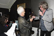 NICK DAVIES; WINNER OF THE MAVERICK AWARD; HOWARD MARKS, , The 2011 Groucho Club Maverick Award. The Groucho Club. Soho, London. 14 November 2011. <br /> <br />  , -DO NOT ARCHIVE-© Copyright Photograph by Dafydd Jones. 248 Clapham Rd. London SW9 0PZ. Tel 0207 820 0771. www.dafjones.com.