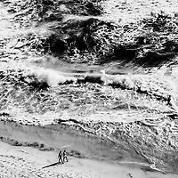 Two on the edge, Gold Coast, Australia