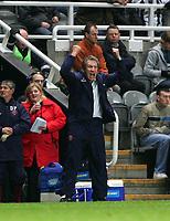 Photo: Andrew Unwin.<br /> Newcastle United v Sheffield United. The Barclays Premiership. 04/11/2006.<br /> Sheffield United's Neil Warnock.