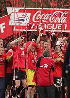 Photo: Lee Earle.<br /> Barnsley v Swansea City. Coca Cola League 1. Play off Final. 27/05/2006. Barnsley celebrate promotion.