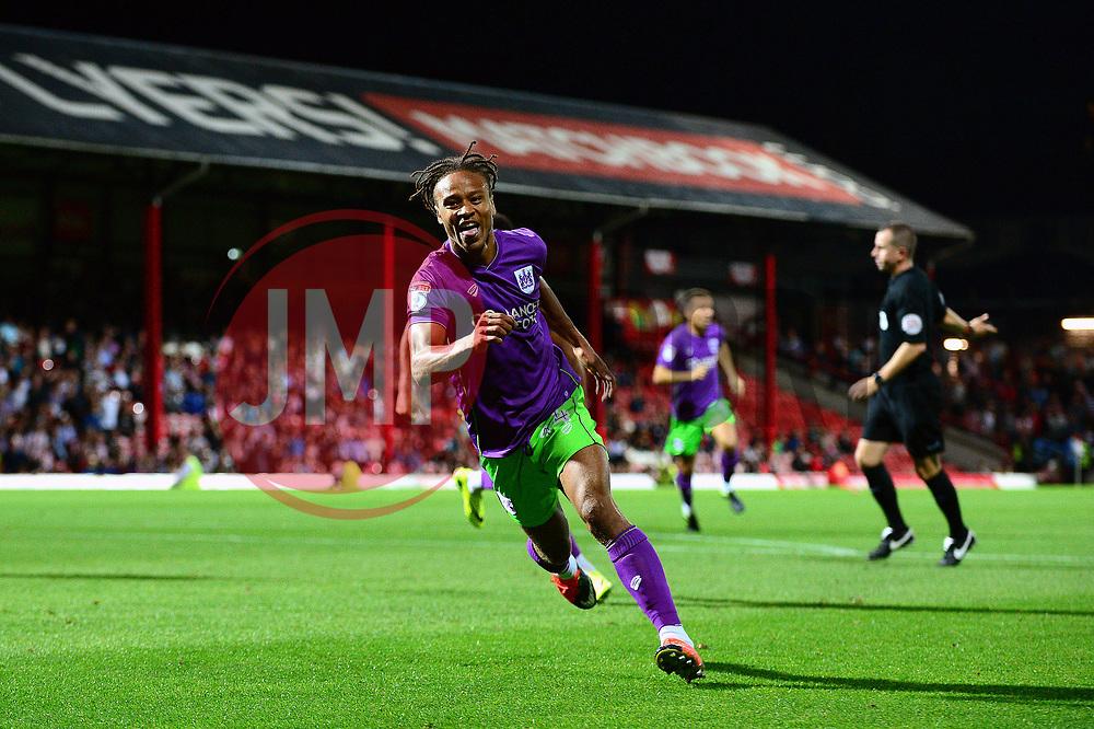 Bobby Reid of Bristol City celebrates scoring a goal in the last minute  - Mandatory by-line: Dougie Allward/JMP - 15/08/2017 - FOOTBALL - Griffin Park - Brentford, England - Brentford v Bristol City - Sky Bet Championship