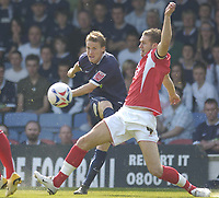 Photo: Olly Greenwood.<br />Southend United v Barnsley. Coca Cola Championship. 14/04/2007. Southend's Richie Foran