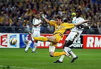 Fotball<br /> Fransk ligacupfinale<br /> Nantes v Sochaux<br /> 17. april 2004<br /> Foto: Digitalsport<br /> NORWAY ONLY<br /> <br /> GOAL GREGORY PUJOL (NAN) / SOULEYMANE DIAWARA (SOC)