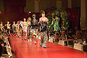Chaos Point: Vivienne Westwood Gold Label Collection performance art catwalk show and auction in aid of the NSPCC. Banqueting House. London. 18 November 2008<br /> *** Local Caption *** -DO NOT ARCHIVE -Copyright Photograph by Dafydd Jones. 248 Clapham Rd. London SW9 0PZ. Tel 0207 820 0771. www.dafjones.com