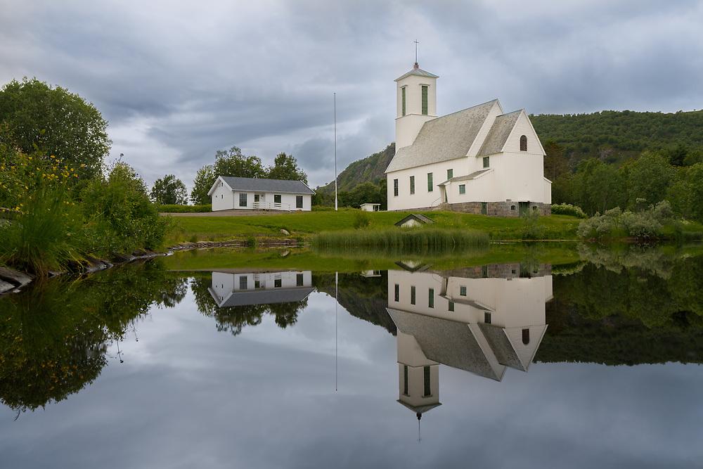 Melbu kirke ligger på Melbu i Hadsel kommune i Nordland. Kirka er ei langkirke i tre. Den ble innviet i 1938 og har 250 plasser. Arkitekt for kirka var Harald Sund.