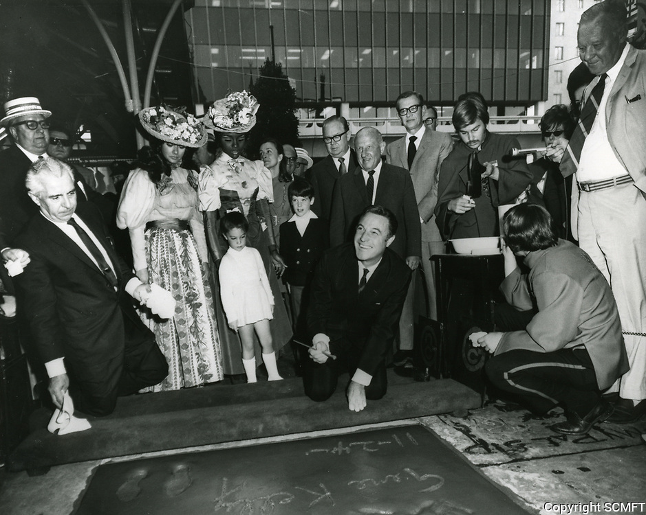 1969 Gene Kelly's hand/footprint ceremony at Grauman's Chinese Theatre
