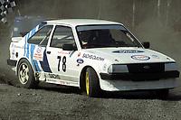 Motor. Bakkeløp i Vikersund 29.4.2000. Runar Thon, KNA Modum & Ringerike. Ford Escort. Foto: Digitalsport.