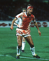 Fotball<br /> Foto: Colorsport/Digitalsport<br /> NORWAY ONLY<br /> <br /> Terry Butcher (Eng)  covered in blood from a cut head. Sweden v England. 6/9/89. World Cup Qualifier Group 2. 1989