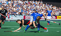 UTRECHT -  Roderic Schwirtz (A'dam) met links Jip Janssen (Kampong)    tijdens   de finale van de play-offs om de landtitel tussen de heren van Kampong en Amsterdam (3-1). Kampong kampioen van Nederland. COPYRIGHT  KOEN SUYK