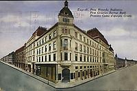 Zagreb : Prva Hrvatska Štedionica = First Croatian Savings Bank = Première Caisse d'épargne Croate. <br /> <br /> ImpresumZagreb : Naklada S. Marković, [1931].<br /> Materijalni opis1 razglednica : tisak ; 13,8 x 9,1 cm.<br /> NakladnikNaklada S. Marković<br /> Vrstavizualna građa • razglednice<br /> ZbirkaZbirka razglednica • Grafička zbirka NSK<br /> Formatimage/jpeg<br /> PredmetZagreb –– Ilica<br /> SignaturaRZG-ILIC-46<br /> NapomenaPutovala je 1931. godine<br /> PravaJavno dobro<br /> Identifikatori000945965<br /> NBN.HRNBN: urn:nbn:hr:238:384564 <br /> <br /> Izvor: Digitalne zbirke Nacionalne i sveučilišne knjižnice u Zagrebu