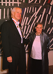 SIR PHILIP & LADY DOWSON he is President of the Royal Academy of Arts, at a dinner in London on 27th May 1998.MHX 4