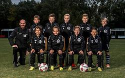 06-10-2016 NED: Selectie 2016-2017 vv Maarssen O10-1, Maarssen<br /> Fotoshoot de jeugd O10-1 van vv Maarssen / Teamfoto