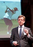 UTRECHT - NVG ( Ned. Ver. Golfaccomodaties) , 17e editie Nationaal Golf Congres & Beurs. Eduard de Wilde aan het woord.  FOTO KOEN SUYK