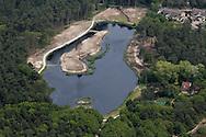 De Doodemanskisten (ook wel Dodemanskisten) is een duinmeertje in het bos aan de noordwestzijde van het dorp West-Terschelling. Het water is zo'n 300 meter lang en 100 meter breed. (Bron: Wikipedia)