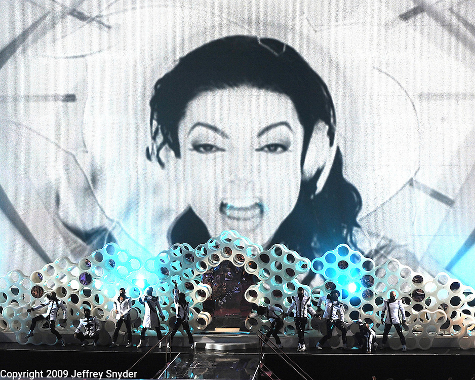 New York, NY-September 13, 2009: A Michael Jackson tribute is performed during the MTV Video Music Awards at Radio City Music Hall on September 13, 2009 in New York City (Photo by Jeff Snyder/PictureGroup)
