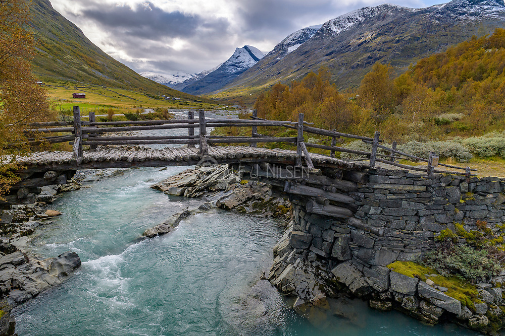 The river Leira in the beautiful valley Leirdalen in Lom municipality (Innlandet, Norway) with peaks reaching 2000 meter high.