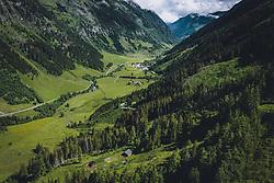 THEMENBILD - Blick über das Fuscher Tal zur Mautstation. Die Hochalpenstrasse verbindet die beiden Bundeslaender Salzburg und Kaernten und ist als Erlebnisstrasse vorrangig von touristischer Bedeutung, aufgenommen am 11. Juni 2020 in Fusch a.d. Glstr., Österreich // View over the Fuscher valley to the toll station. The High Alpine Road connects the two provinces of Salzburg and Carinthia and is as an adventure road priority of tourist interest, Fusch a.d. Glstr., Austria on 2020/06/11. EXPA Pictures © 2020, PhotoCredit: EXPA/ JFK