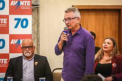 """PORTO ALEGRE, RS, BRASIL, 15-03-2018, 20h43'21"""":  O empresário Rubens Rebés e o advogado Tomaz Schuch são os novos dirigentes do AVANTE, no RS. A posse da direção estadual do partido contou com a presença do Deputado Federal e presidente nacional, Luís Tibê (MG), e ocorreu na noite de quinta-feira (15/3) no Hotel Intercity. AVANTE é um partido político brasileiro, fundado como Partido Trabalhista do Brasil (PTdoB) por dissidentes do Partido Trabalhista Brasileiro (PTB), em 1989. Seu número eleitoral é o 70. O novo nome, criado a partir do desejo das pessoas que lutam por um país que segue em frente, se aproxima ainda mais dos verdadeiros objetivos do partido, alicerçado ao longo de sua história e atrelado aos novos pilares: compromisso, prosperidade, humanidade, coletividade, diálogo, transparência e liberdade. (Foto: Gustavo Roth / Agência Preview) © 15MAR18 Agência Preview - Banco de Imagens"""