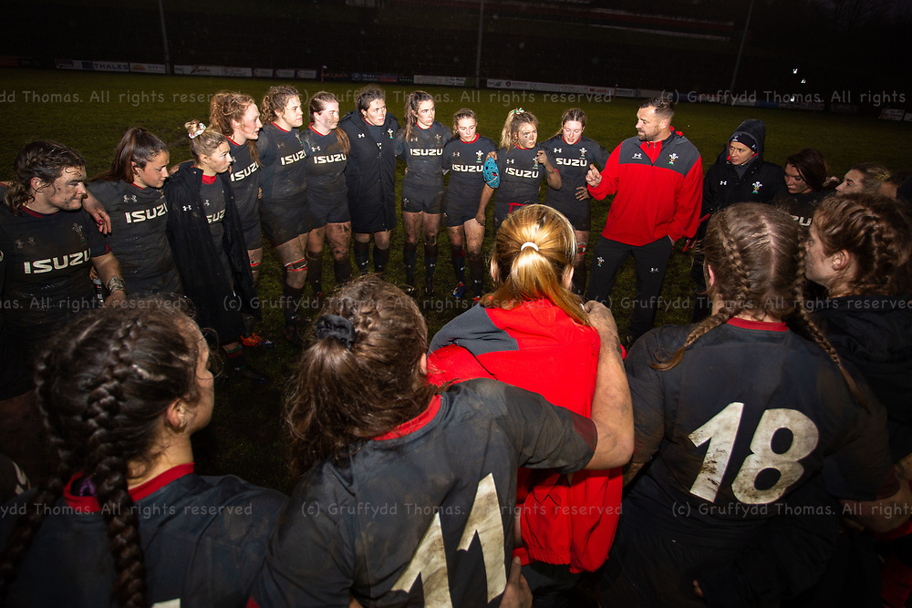 23.11.19 - Wales Women v Crawshay's Women - Wales Women's Coach Chris Horsman talks to his team at the end of the match.