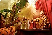 JANMASTAMI, CELEBRACION INDIA POR EL NACIMIENTO DE SRI KRISHNA RELIZADA EN EL TEMPLO HARE KRISHNA DE CHOSICA, DISTRITO A LAS AFUERAS DE LIMA.