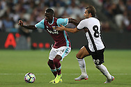 Pedro Mba Obiang of West Ham United goes past Filipe Teixeira  of Astra Giurgiu. UEFA Europa league, 1st play off round match, 2nd leg, West Ham Utd v Astra Giurgiu at the London Stadium, Queen Elizabeth Olympic Park in London on Thursday 25th August 2016.<br /> pic by John Patrick Fletcher, Andrew Orchard sports photography.