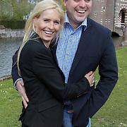 NLD/Haarzuilens/20120425 - Opening tentoonstelling Bruidjes van de Haar, Frans Bauer en partner Mariska Rossenberg