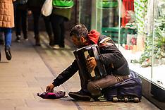 2018-12-04-Beggars2