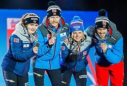 02.03.2019, Seefeld, AUT, FIS Weltmeisterschaften Ski Nordisch, Seefeld 2019, Skisprung, Mixed Team, Siegerehrung, im Bild Bronzemedaillengewinner Anna Odine Stroem (NOR), Robert Johansson (NOR), Maren Lundby (NOR), Andreas Stjernen (NOR) // Bronzemedaillengewinner Anna Odine Stroem (NOR) Robert Johansson (NOR) Maren Lundby (NOR) Andreas Stjernen (NOR) during the winner Ceremony for the mixed team competition in ski jumping of nordic combination of FIS Nordic Ski World Championships 2019. Seefeld, Austria on 2019/03/02. EXPA Pictures © 2019, PhotoCredit: EXPA/ Stefan Adelsberger