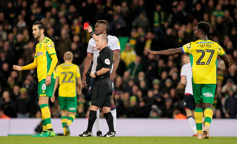 Bolton Wanderers' Sammy Ameobi is shown a red card by Scott Duncan<br /> <br /> Photographer David Shipman/CameraSport<br /> <br /> The EFL Sky Bet Championship - Norwich City v Bolton Wanderers - Saturday 8th December 2018 - Carrow Road - Norwich<br /> <br /> World Copyright © 2018 CameraSport. All rights reserved. 43 Linden Ave. Countesthorpe. Leicester. England. LE8 5PG - Tel: +44 (0) 116 277 4147 - admin@camerasport.com - www.camerasport.com
