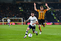 Preston North End's Sean Maguire runs into the box ahead of Hull City's Stephen Kingsley<br /> <br /> Photographer Andrew Kearns/CameraSport<br /> <br /> The EFL Sky Bet Championship - Hull City v Preston North End - Tuesday 26th September 2017 - KC Stadium - Hull<br /> <br /> World Copyright © 2017 CameraSport. All rights reserved. 43 Linden Ave. Countesthorpe. Leicester. England. LE8 5PG - Tel: +44 (0) 116 277 4147 - admin@camerasport.com - www.camerasport.com