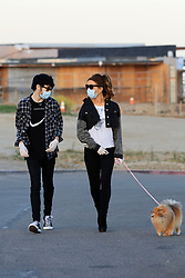 Kate Beckinsale and toy boy Goody Grace enjoy a romantic sunset stroll along the Oceanside in Malibu alone with Kates adorable pup. The couple kept it safe wearing gloves and masks during the COVID-19 virus pandemic lockdown. 15 May 2020 Pictured: Kate Beckinsale, Goody Grace. Photo credit: Rachpoot/MEGA TheMegaAgency.com +1 888 505 6342