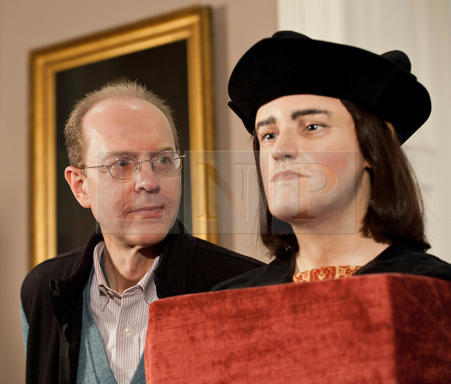 © Licensed to London News Pictures. 05/02/2013. London, United Kingdom. The Face of Richard III unveiled 528 years after his death.  A facial reconstruction revealing what may be the features of King Richard III at the Society of Antiquaries, Burlington House, Piccadilly. Photo credit : Justin Setterfield/LNP..