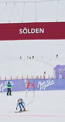23.10.2010, Rettenbachferner, Soelden, AUT, FIS World Cup Ski Alpin, Lady, 2nd run, im Bild durchs Ziel in Sölden, EXPA Pictures © 2010, PhotoCredit: EXPA/ J. Groder