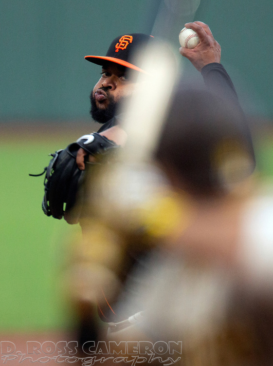 San Francisco Giants starting pitcher Johnny Cueto (47) delivers a pitch against the San Diego Padres during the second inning of a Major League Baseball game on Saturday, Sept. 26, 2020 in San Francisco, Calif. (D. Ross Cameron/SF Chronicle)