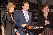 Opening nieuw gebouw Nationaal Toneel in Den Haag door Prins Constantijn en Prinses Laurentien.<br /> <br /> <br /> <br /> Opening of the new building of the National Theatre in The Hague by Prince Constantijn en Princes Laurentien.