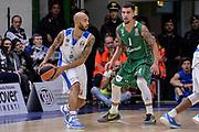 DESCRIZIONE : Eurolega Euroleague 2015/16 Group D Dinamo Banco di Sardegna Sassari - Darussafaka Dogus Istanbul<br /> GIOCATORE : David Logan<br /> CATEGORIA : Passaggio Controcampo<br /> SQUADRA : Dinamo Banco di Sardegna Sassari<br /> EVENTO : Eurolega Euroleague 2015/2016<br /> GARA : Dinamo Banco di Sardegna Sassari - Darussafaka Dogus Istanbul<br /> DATA : 19/11/2015<br /> SPORT : Pallacanestro <br /> AUTORE : Agenzia Ciamillo-Castoria/L.Canu